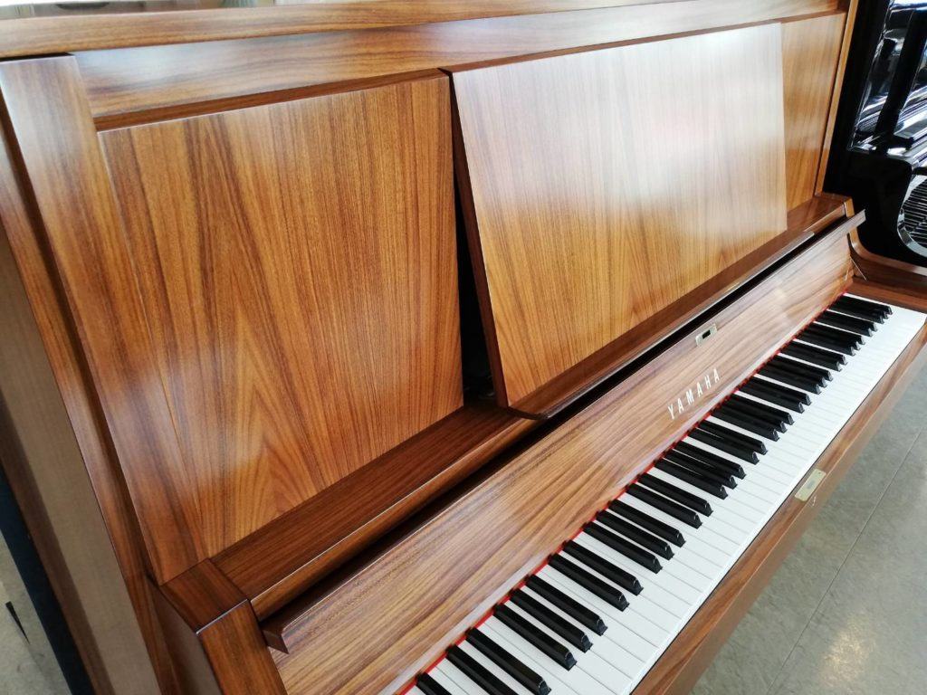 美品!木目リニューアルピアノ W101B